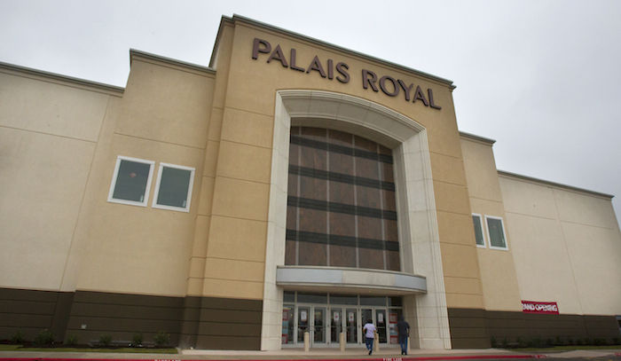 Palais Royal opens new Texas City store