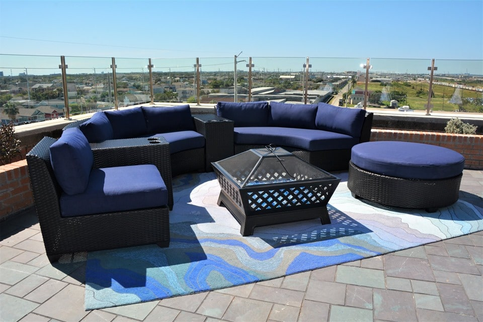 events at the tasting room Rooftop Lounge