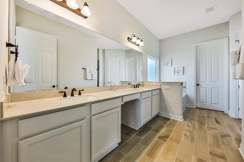 galveston bay house master bath