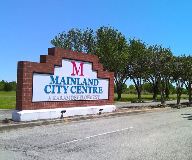 mainland city centre entry sign
