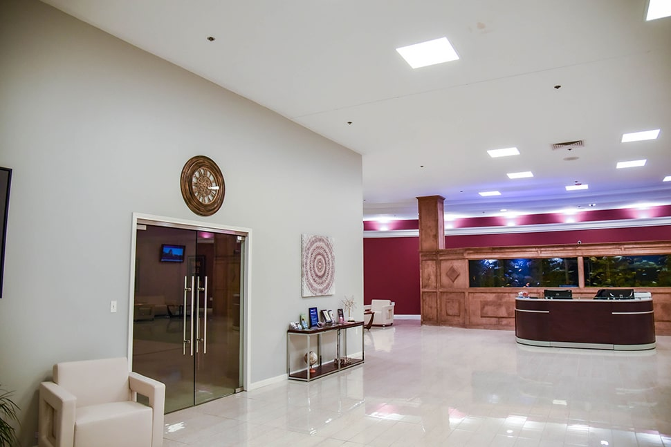 mainland city suites entry way and doors