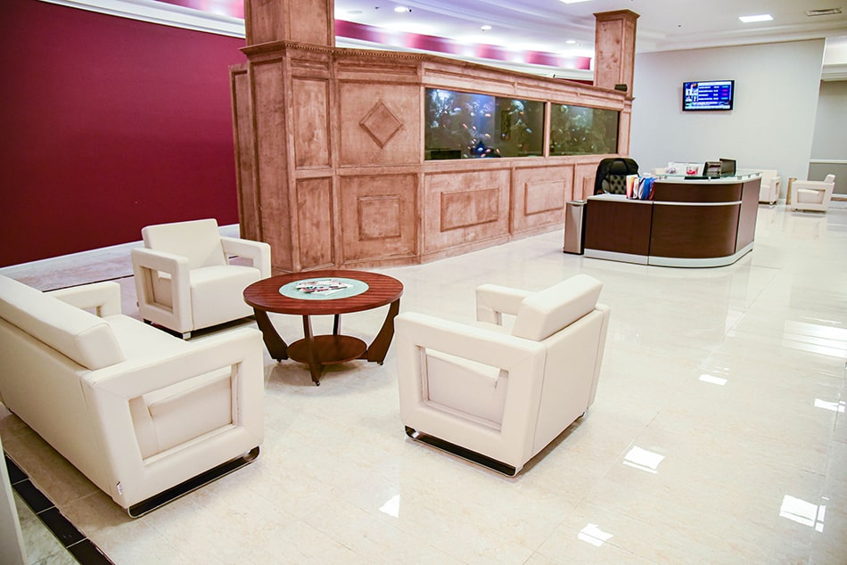 mainland city suites lobby area